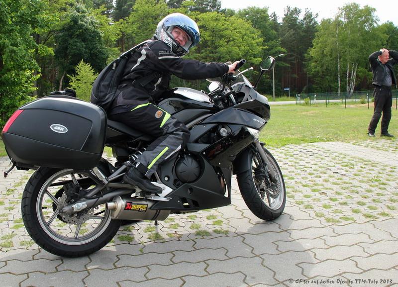CF-Biker111